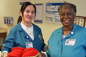"OakBend Medical Center Volunteers Participate in ""Little Hats, Big Hearts"""